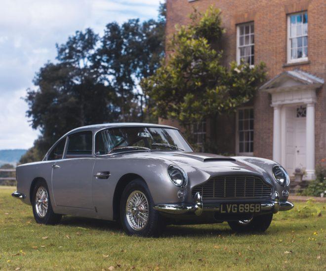 Aston Martin Sells for $1 million via ApplePay