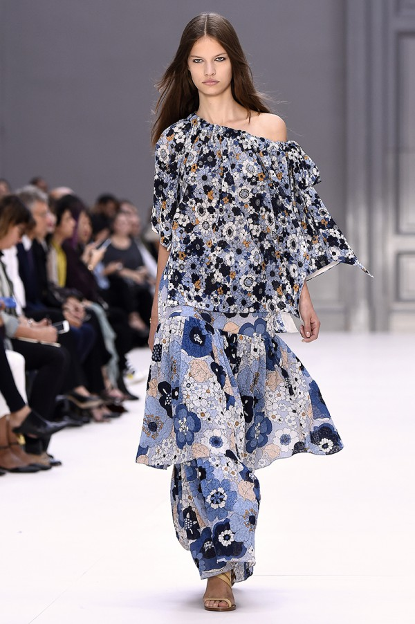 Retro prints have a 1970s vibe at Chloé. © BERTRAND GUAY / AFP