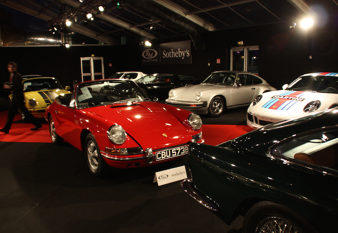 Classic Car Collectors In Favour Modern Porsches And McLarens - Amelia island classic car show