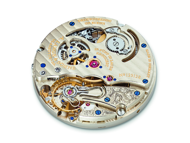 The timepiece's manual winding Calibre L044.1 with fusée and chain