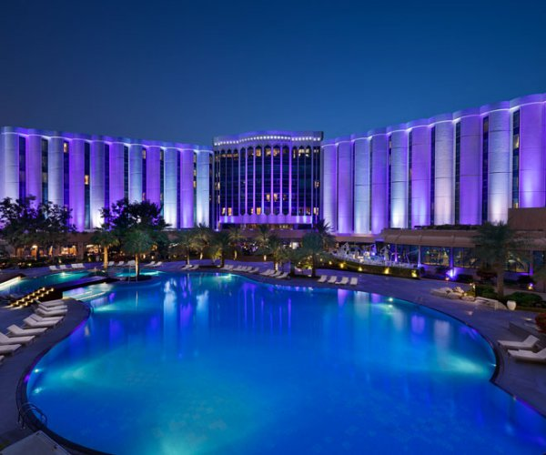 Hotels In Bahrain Review Of Ritz Carlton S Luxurious 5 Star Resort The Middle East
