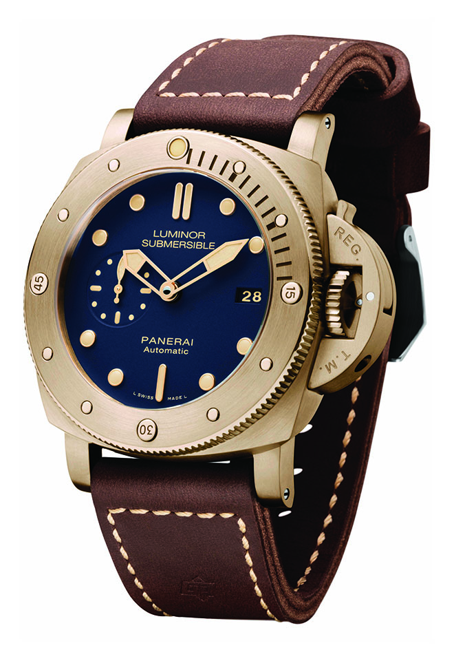 The Panerai Luminor Submersible 1950 3 Days Automatic Bronzo PAM671 is an update of the first version, the PAM382 released at the SIHH in 2011. Secondary market values for the 2011 edition already exceed the original retail price.