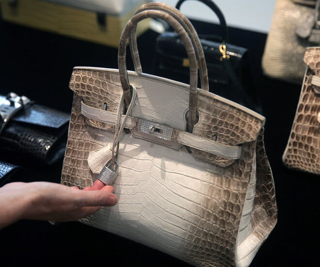 Hermes Birkin Bags Are One Of The Most Highlight Sought After Luxury Fashion Items In World Hence There S No Surprise That A Diamond Encrusted