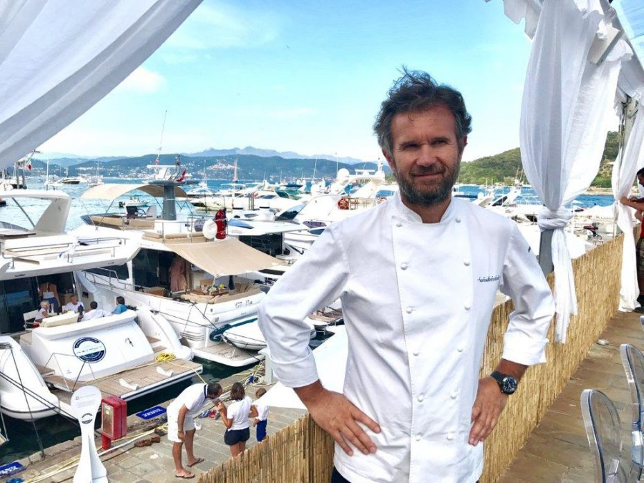 "The day was brought to a close by an entertaining barbecue ""captained"" by Chef Carlo Cracco."