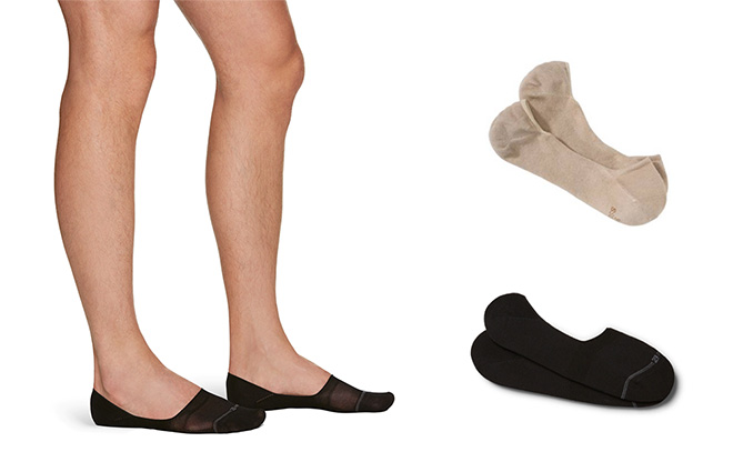 Beige tone Hugo Boss invisible sock with silicone heel protection allows you to be more inconspicuous with your venture into socklessness. That said, they are oddly not a popular colour for no-show socks, which in this case, the pair of Ermenegildo Zegna black no-show socks will mimic the interior shadow of your loafer.