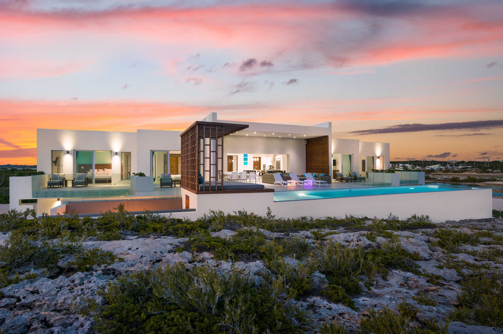 Superb Luxury Property 5 Of The Best Waterfront Homes  In The World Turtle Tail Drive 3