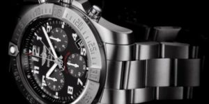 Breitling goes analog with the Chronospace Evo B60