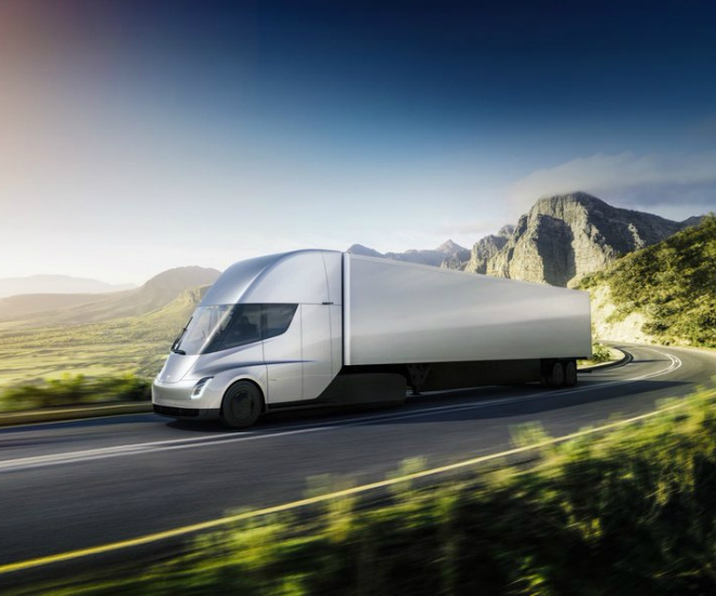 Tesla Released New-Gen All-Electric Semi Truck