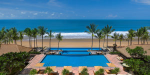 Bali's Top Luxury Beachfront Resort: The Legian Seminyak