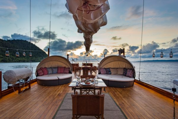 Lo yacht charter Phinisi Sequoia
