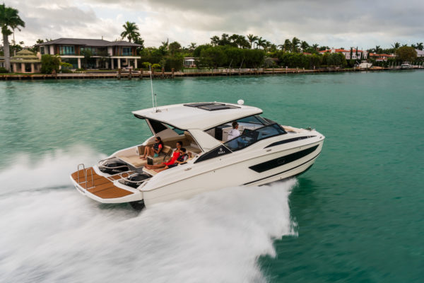 The world premiere of the Aquila 32 was held at this year's Miami International Boat Show