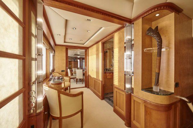 Azul V has a voluminous interior designed by Francois Zuretti