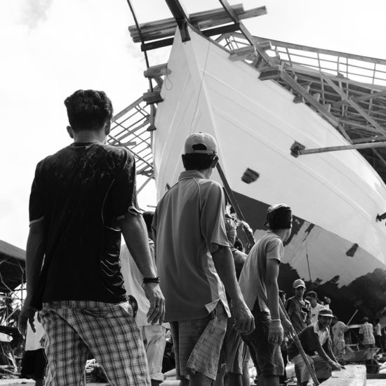Yacht Sourcing builders launch a phinisi at the Sulawesi shipyard