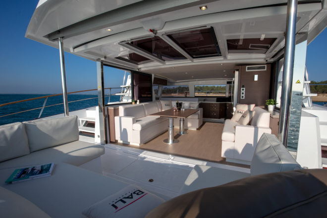 Upright bulkheads on the Bali 4.3 MY maximise space in the saloon, which is further enlarged with the electric lifting aft bulkhead