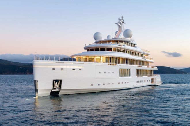 With 5,844GT of volume, the 353ft Luminosity is Benetti's biggest-ever build
