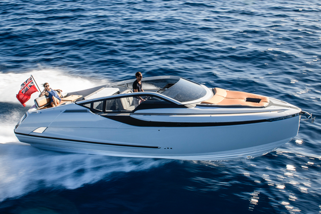 Fairline F//Line 33 by Simpson Marine