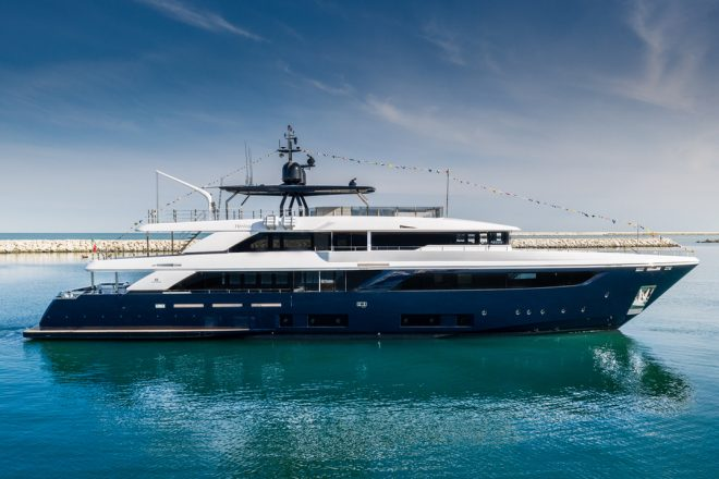 The fourth hull of the Navetta 42, Custom Line's flagship
