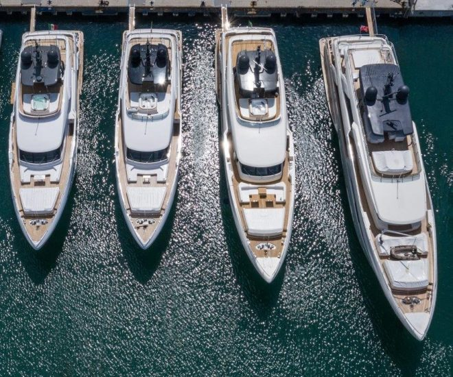 Custom Line yachts, Ferretti Group