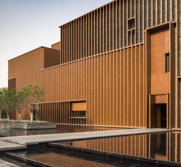 Facade of Junshan Cultural Center designed by Neri&Hu (photo by Pedro Pegenaute)