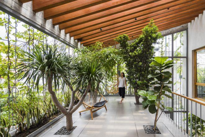 Stepping Park House by VTN Architects, Vietnam